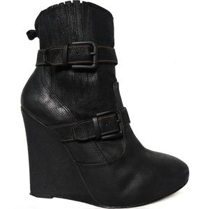 Joie Love Me Two Times Leather Wedge Boots sz37.5